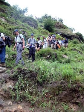 hiking-down-the-mountain2